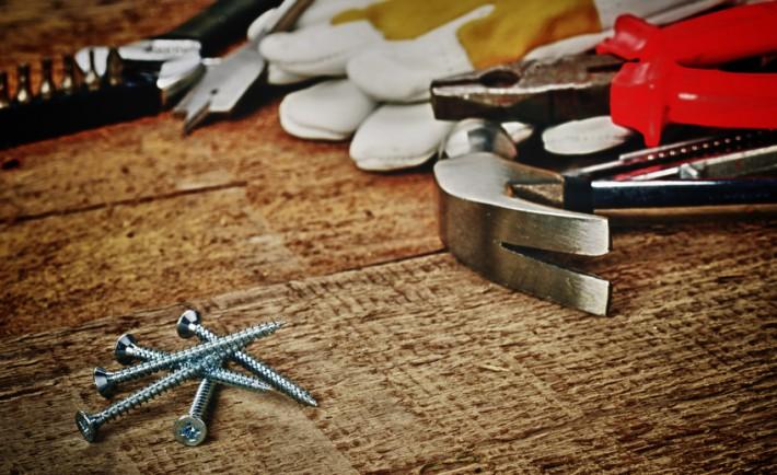 quels outils choisir pour mon atelier de bricolage. Black Bedroom Furniture Sets. Home Design Ideas