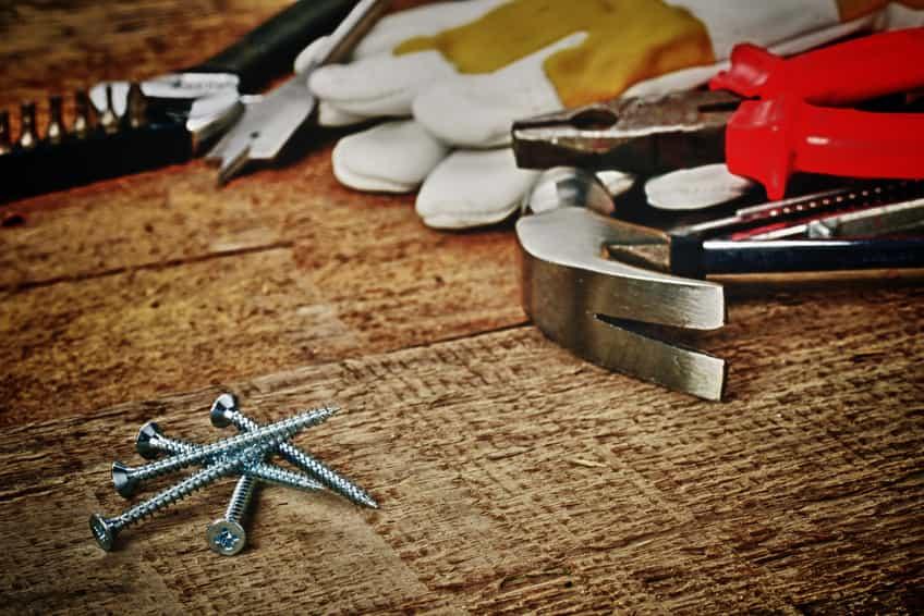 Quels outils de bricolage indispensables faut-il avoir ?