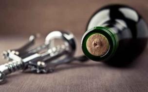 Vin bouteille et tire-bouchon