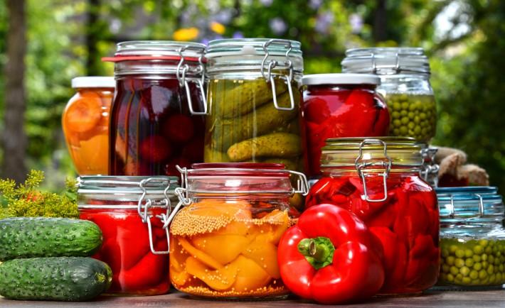 bocaux verre légumes Le Parfait cornichons poivrons fait maison conserves