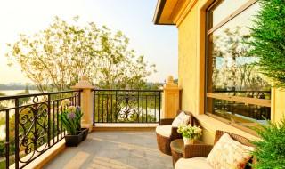 Comment bien nettoyer sa terrasse ?