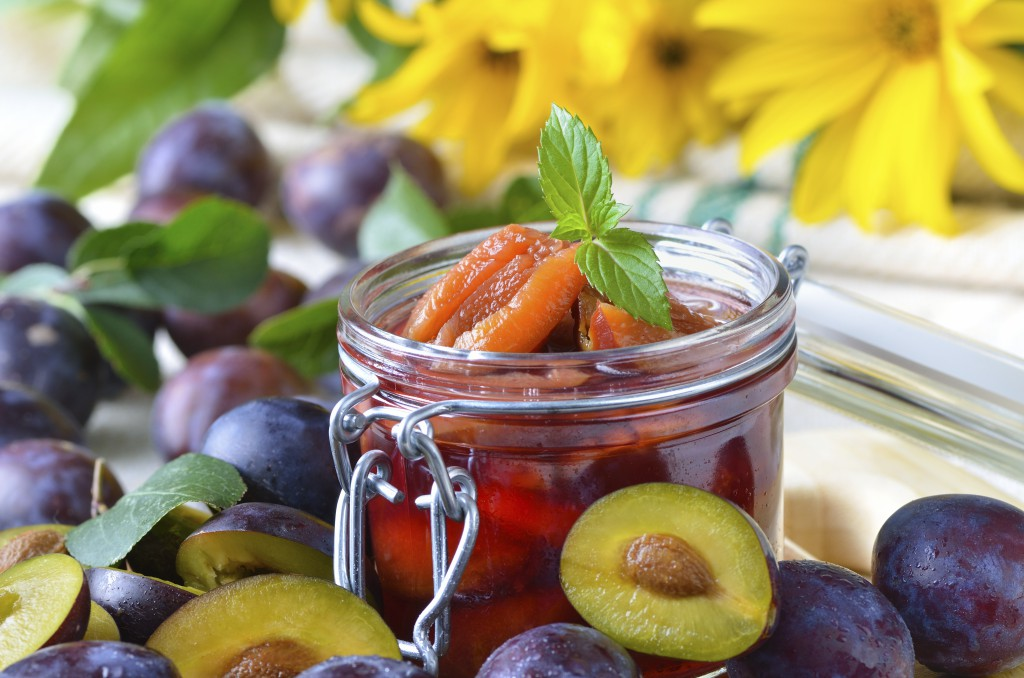 Faire de la confiture de fruits d'été