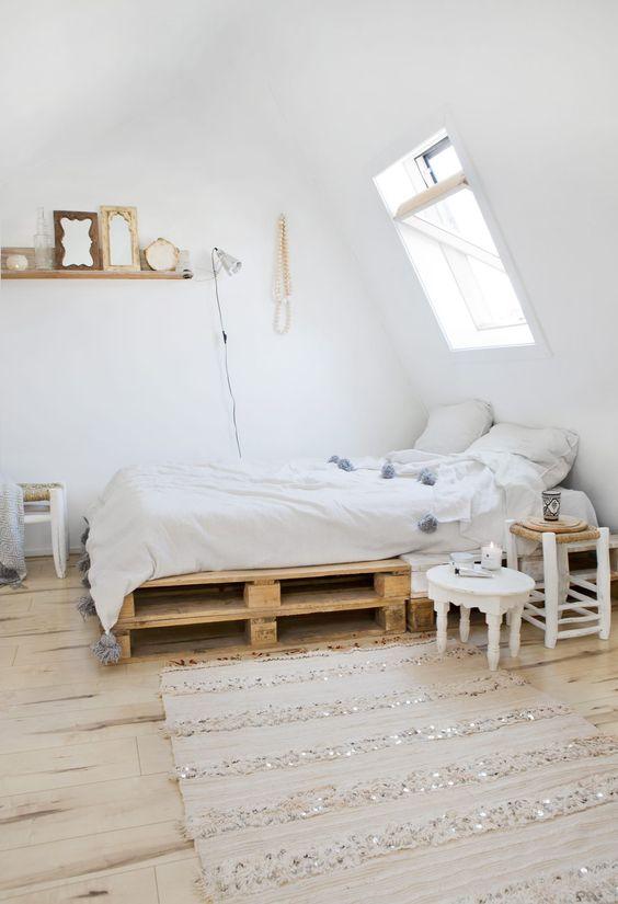 Meubles en palettes - Le lit