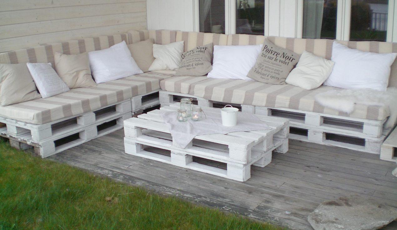 Comment faire un canapé en palette ? Le tuto DIY