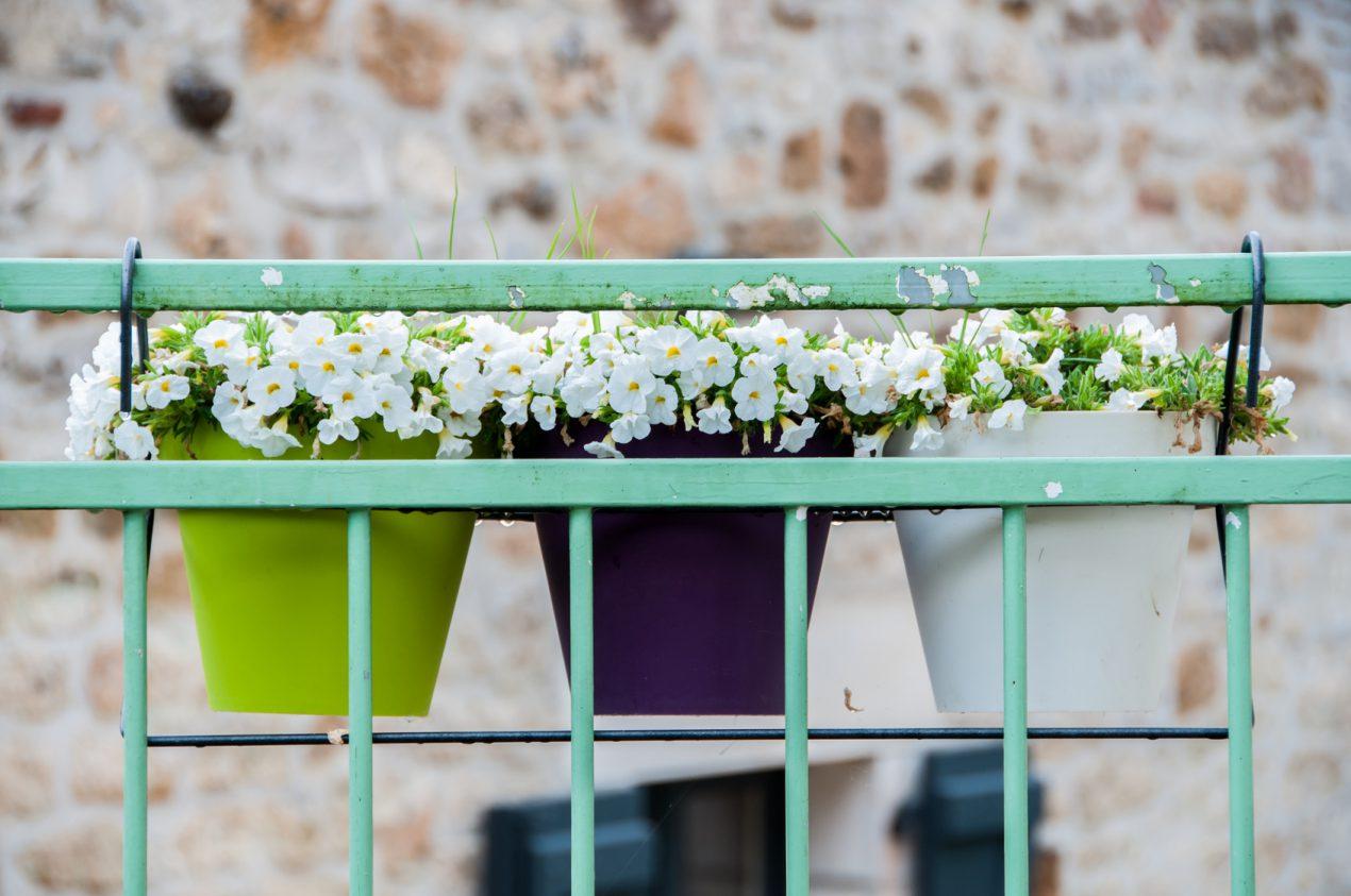 Choisir son support de jardinière, ses bacs, pots et balconnières