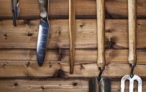 Outils-de-jardin-anciens