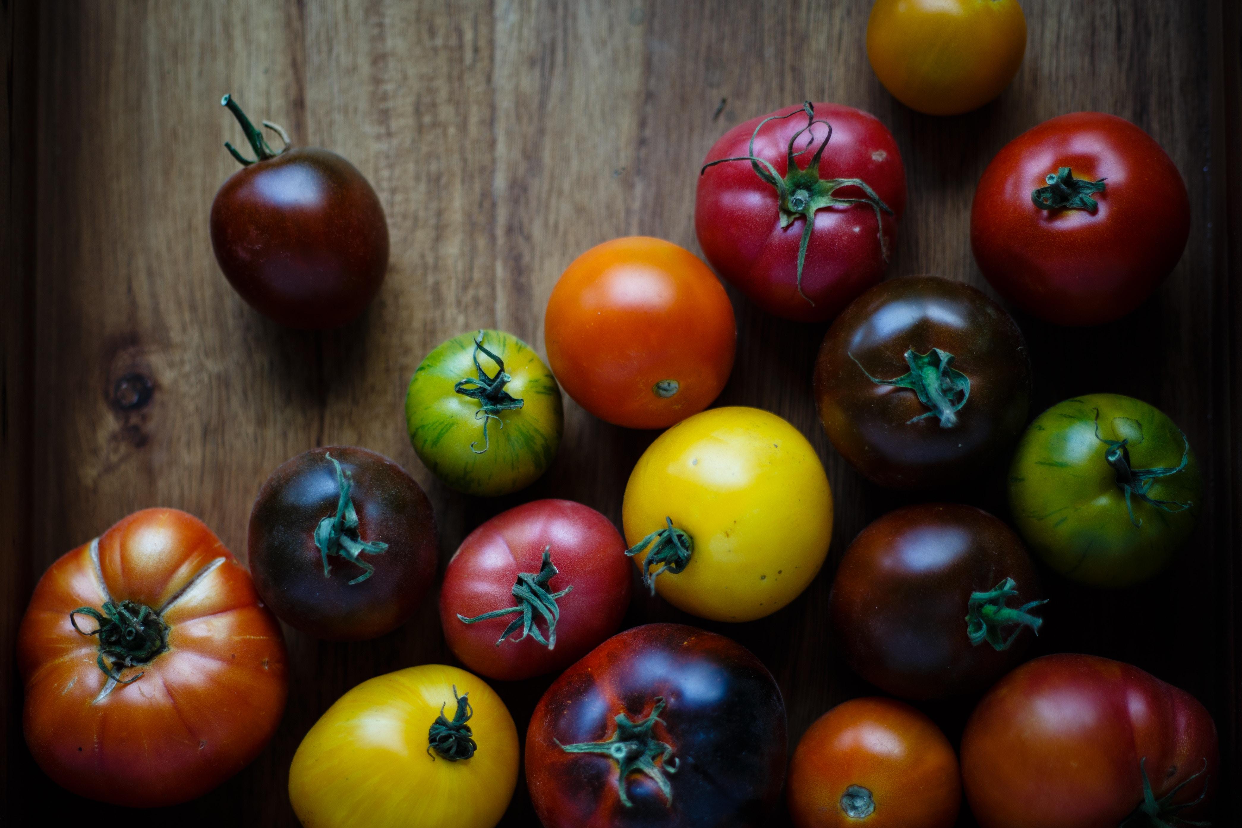 Tomates pour faire de la sauce tomate maison