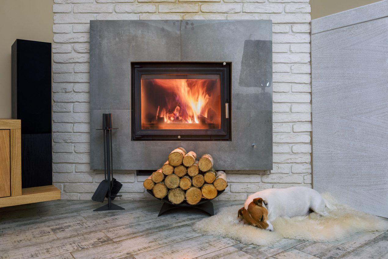 Comment bien nettoyer sa cheminée avant l'hiver N