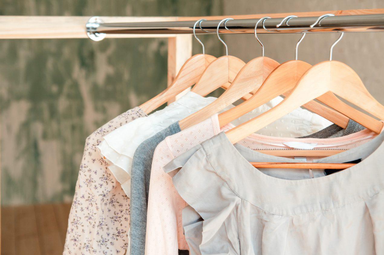 Tutoriel du vendredi : 10 idées pour fabriquer un portant à vêtements. - Le tuto de Mon Magasin Général
