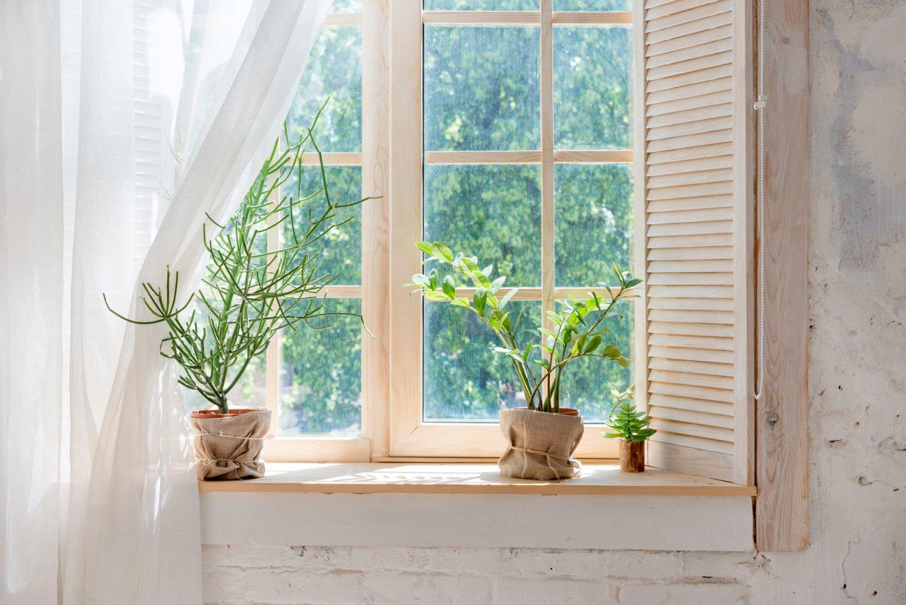 Quelle quincaillerie pour fenêtre choisir ? Le Guide de Mon Magasin Général