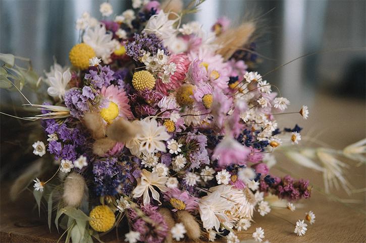 Facilement faire un bouquet de fleurs séchées
